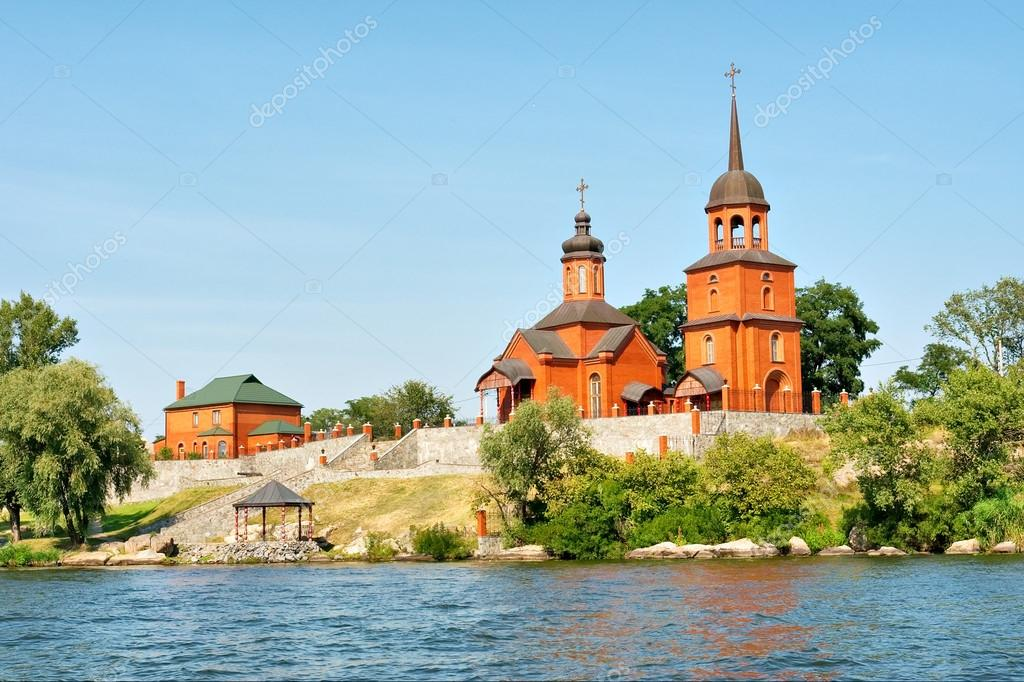 depositphotos_20985471-stock-photo-red-church-in-ukrainian-countryside